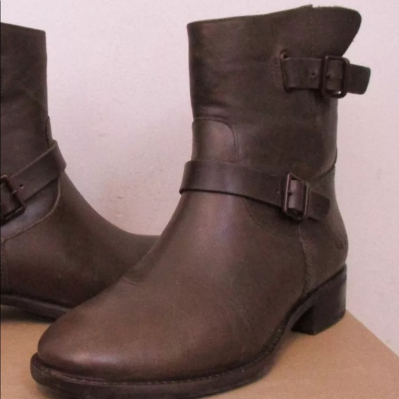 438f57fa24c Ugg Fletcher Moto Boots Size 8.5 NWT